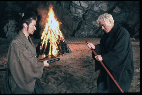 Zatoichi-prepares-for-battle-1024x683