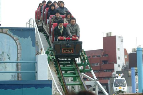 Adrift_In_Tokyo-003